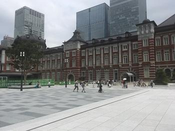 丸の内駅前広場003.jpg