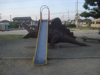 六共こども公園012.jpg