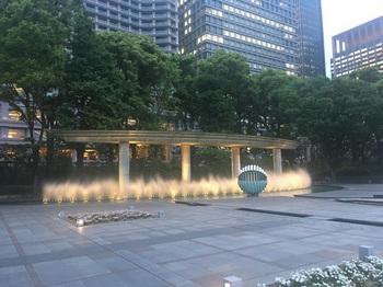 和田倉噴水公園004.jpg