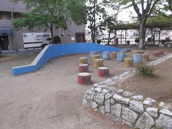 城南三丁目児童公園005.jpg