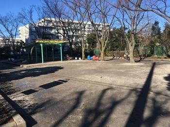 小菅三丁目公園002.jpg