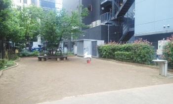岩本町二丁目児童遊園001.jpg
