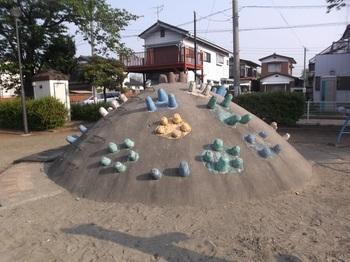 朝日町児童公園004.jpg