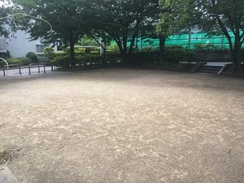 本宿東公園002.jpg