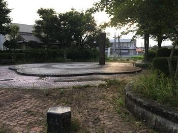 真舟市営住宅児童遊園003.jpg