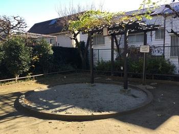 笹塚北児童遊園地002.jpg