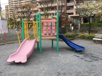 若宮八幡児童遊園004.jpg