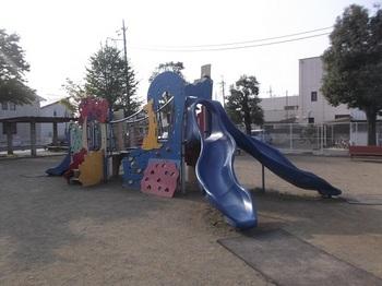 裡一丁目児童公園005.jpg