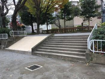馬込ゆりの木公園005.jpg