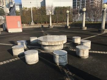 JR東急目黒ビルミニパーク002.jpg